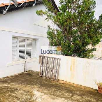 Casa em Amparo, bairro Jardim Brasil