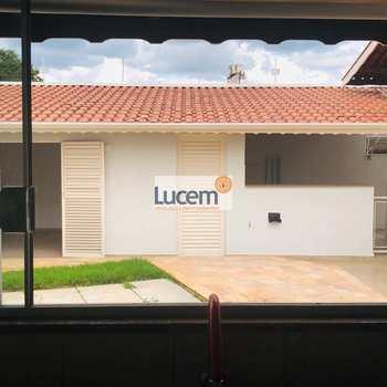 Casa em Amparo, bairro Jardim Santo Antônio