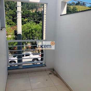 Apartamento em Monte Alegre do Sul, bairro Centro