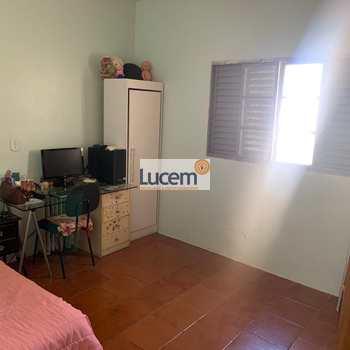 Casa em Amparo, bairro Jardim São Dimas