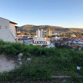 Terreno em Amparo, bairro Jardim Itália