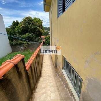 Casa em Amparo, bairro Jardim São Sebastião