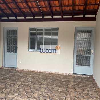 Casa em Amparo, bairro Jardim Moreirinha