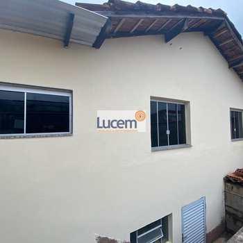 Casa em Amparo, bairro Jardim Modelo