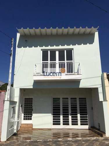 Casa, código 1094 em Amparo, bairro Centro