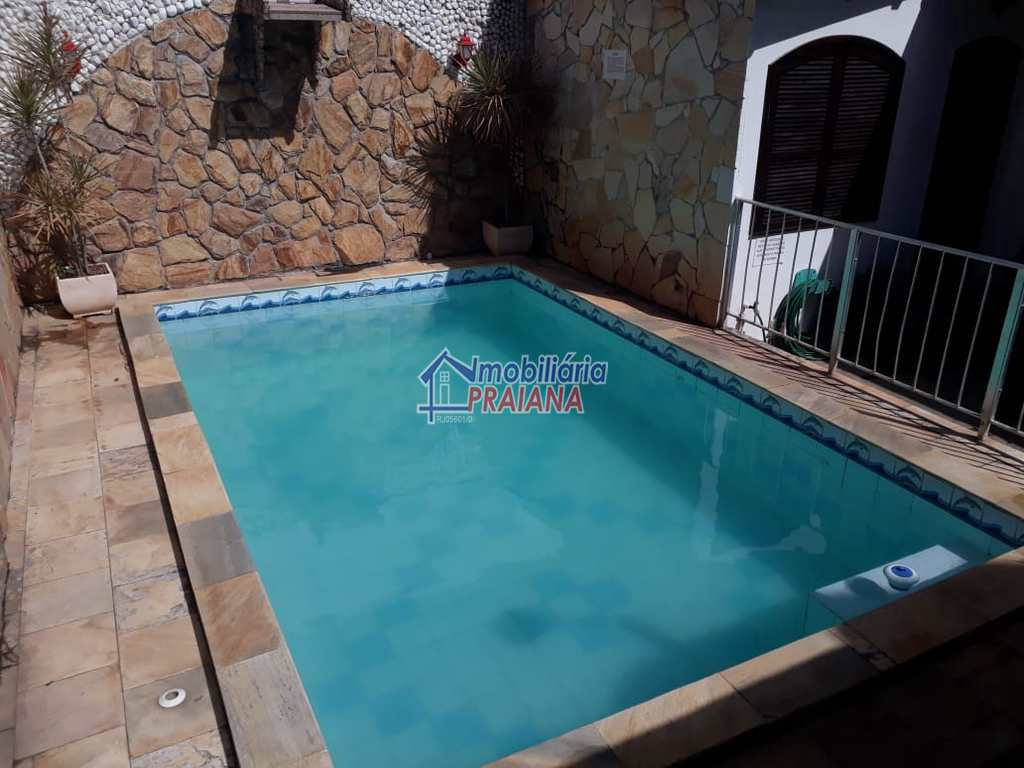 Casa em Arraial do Cabo, no bairro Praia dos Anjos
