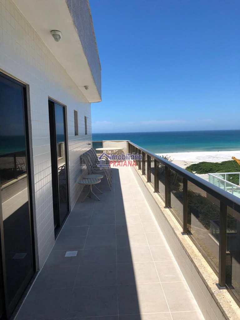 Cobertura em Arraial do Cabo, bairro Praia Grande
