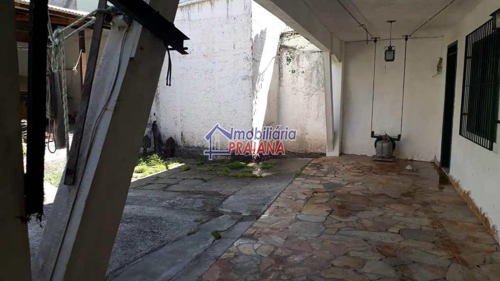 Casa em Arraial do Cabo, bairro Centro