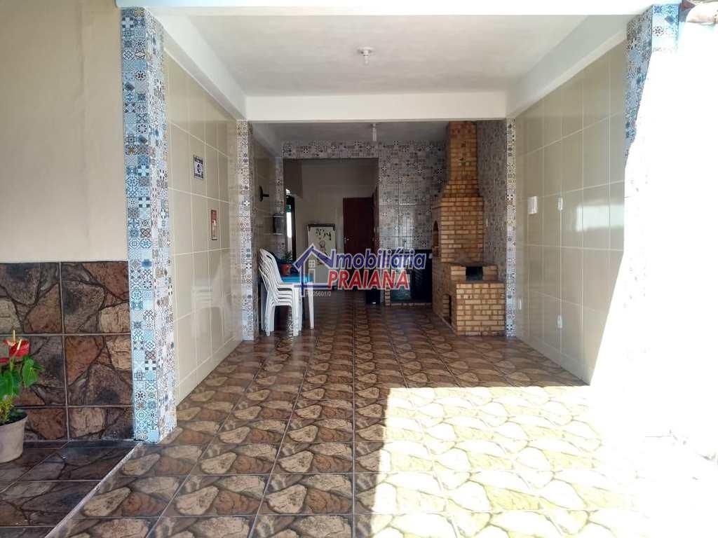 Casa de Condomínio em Arraial do Cabo, no bairro Vila Industrial