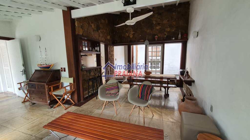 Casa de Condomínio em Arraial do Cabo, no bairro Pontal do Atalaia
