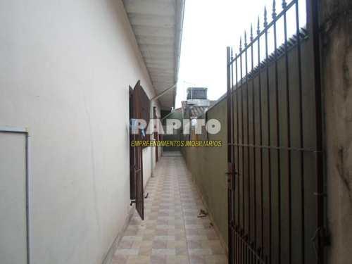 Casa, código 54226518 em Praia Grande, bairro Maracanã