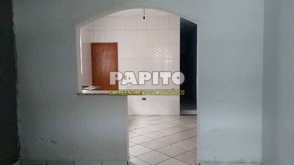 Casa em Praia Grande, no bairro Vila Mirim