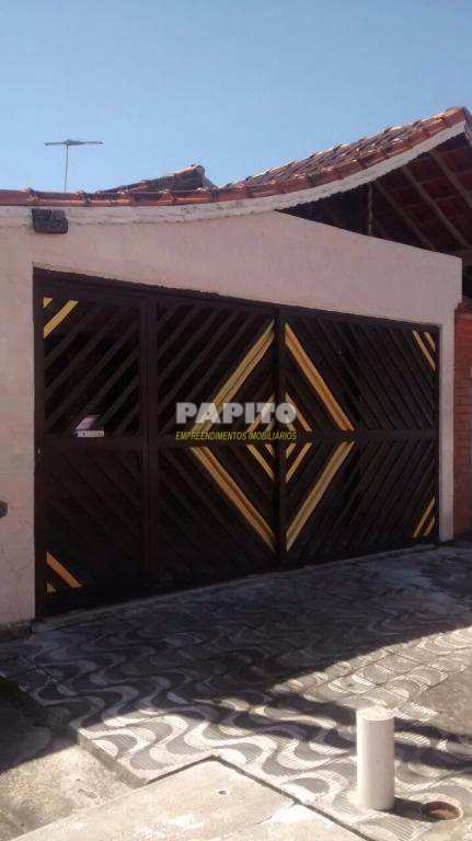 Casa em Praia Grande, bairro Vila Mirim