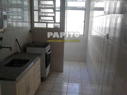 Apartamento, código 50724785 em Praia Grande, bairro Caiçara