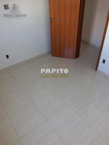 Apartamento, código 60011272 em Praia Grande, bairro Canto do Forte