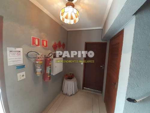 Apartamento, código 60011297 em Praia Grande, bairro Aviação