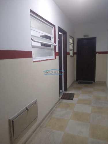 Apartamento, código 88 em São Vicente, bairro Centro