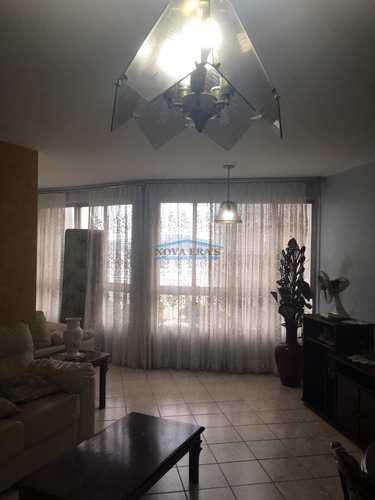 Apartamento, código 157 em São Vicente, bairro Itararé