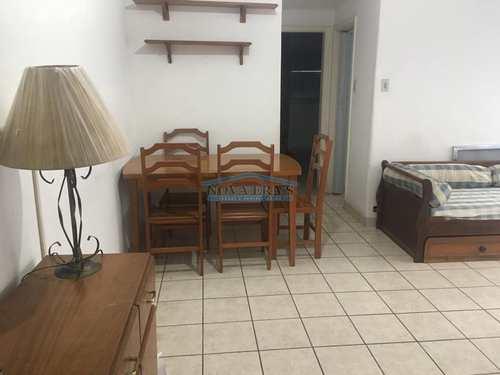 Apartamento, código 371 em São Vicente, bairro Itararé