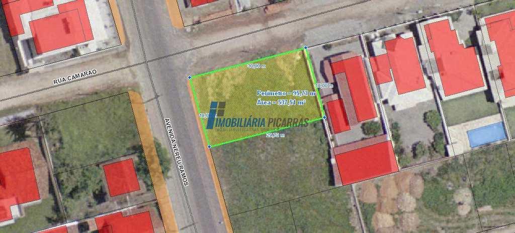 Terreno em Balneário Piçarras, no bairro Centro