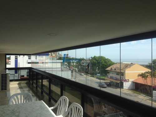 Apartamento, código 35 em Balneário Piçarras, bairro Centro