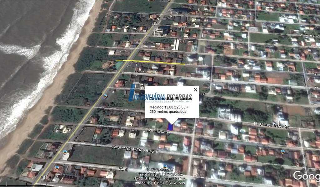 Terreno em Balneário Piçarras, bairro Itacolomi