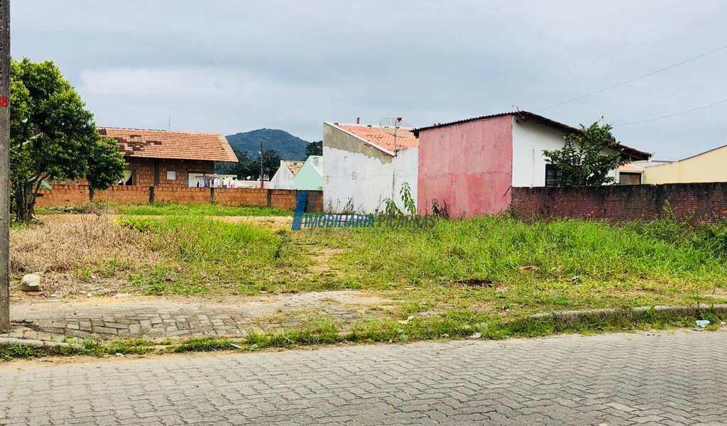 Terreno em Balneário Piçarras, bairro Nossa Senhora da Paz