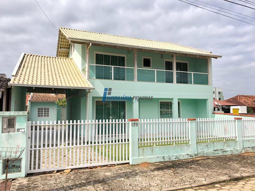 Sobrado em Barra Velha, no bairro Itajuba