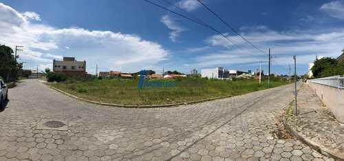 Terreno, código 85 em Balneário Piçarras, bairro Centro