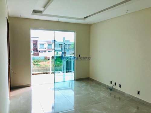 Apartamento, código 100 em Balneário Piçarras, bairro Itacolomi