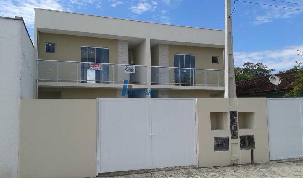 Casa em Balneário Piçarras, bairro Nossa Senhora da Paz