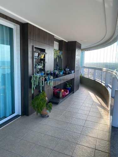 Apartamento, código 128 em Balneário Piçarras, bairro Centro
