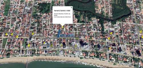 Terreno, código 129 em Balneário Piçarras, bairro Centro