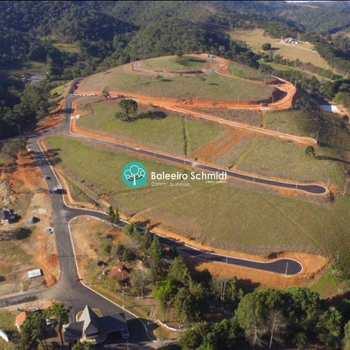 Condomínio em Santo Antônio do Pinhal, no bairro Aprox 2 Km do Centro