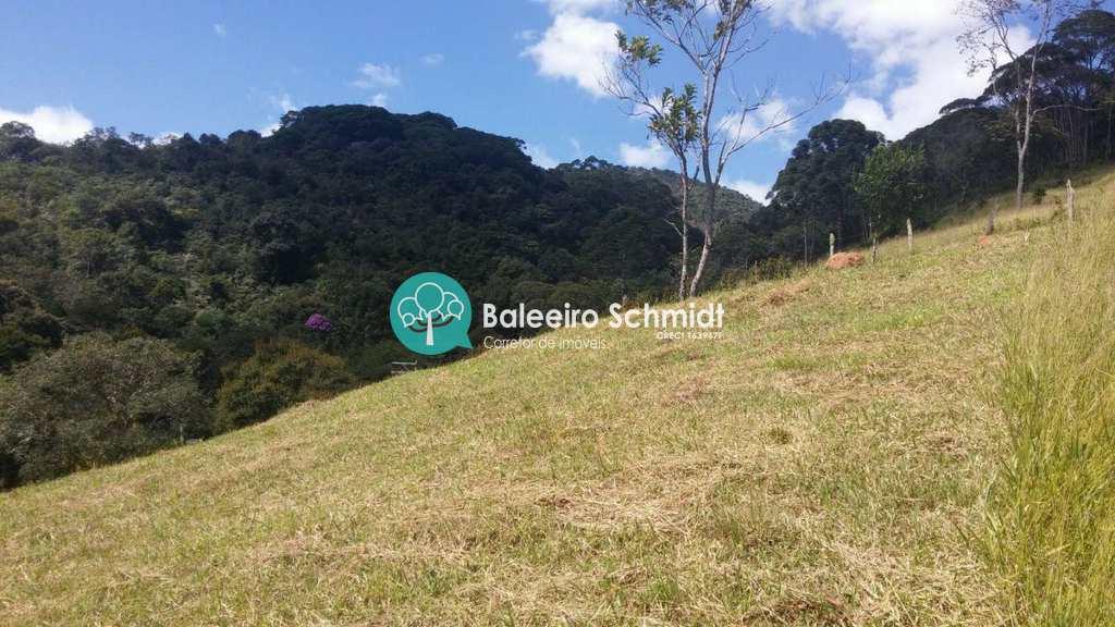 Terreno em Santo Antônio do Pinhal, bairro Proximo Ao Centro