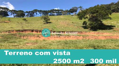 Terreno, código 25 em Santo Antônio do Pinhal, bairro Centro