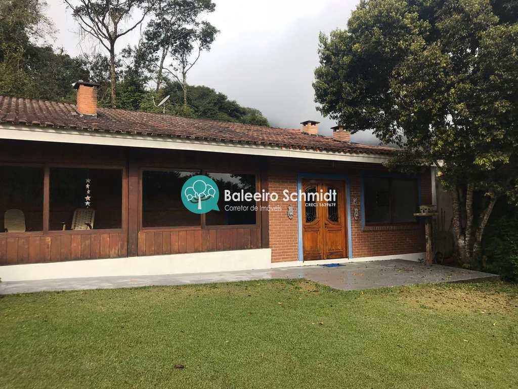 Casa em Santo Antônio do Pinhal, no bairro Aprox 3 Km do Centro