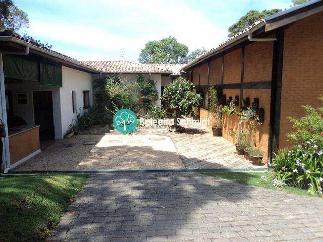 Casa em Santo Antônio do Pinhal, bairro Aprox 3 Km do Centro