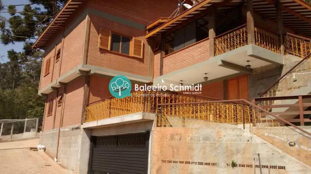 Casa em Santo Antônio do Pinhal, no bairro Aprox 1 Km do Centro