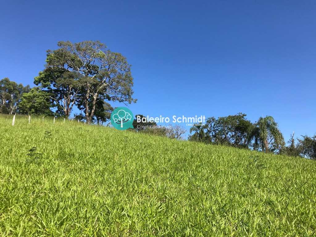 Chácara em Santo Antônio do Pinhal, bairro Aprox 6 Km do Centro