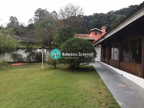 Casa, código 225 em Santo Antônio do Pinhal, bairro Aprox 2 Km do Centro