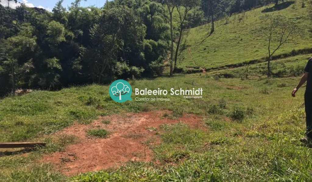 Terreno em Santo Antônio do Pinhal, bairro Aprox 3 Km do Centro