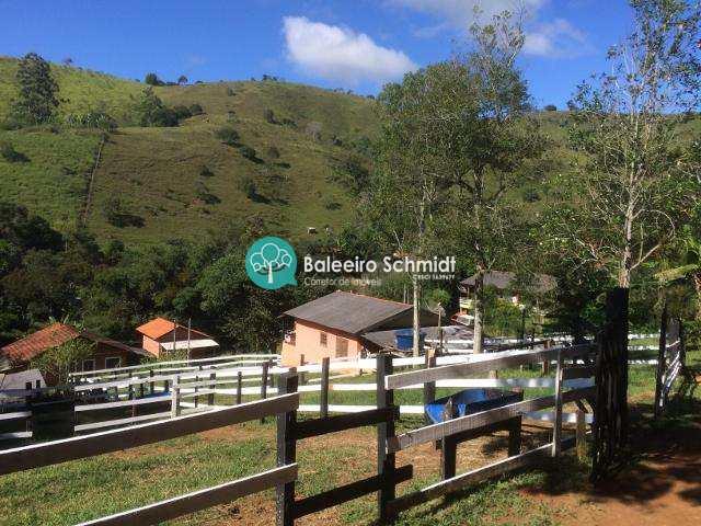 Chácara em Santo Antônio do Pinhal, no bairro 7 Km do Centro