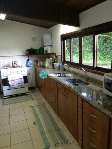 Casa de Condomínio, código 80 em Santo Antônio do Pinhal, bairro Centro
