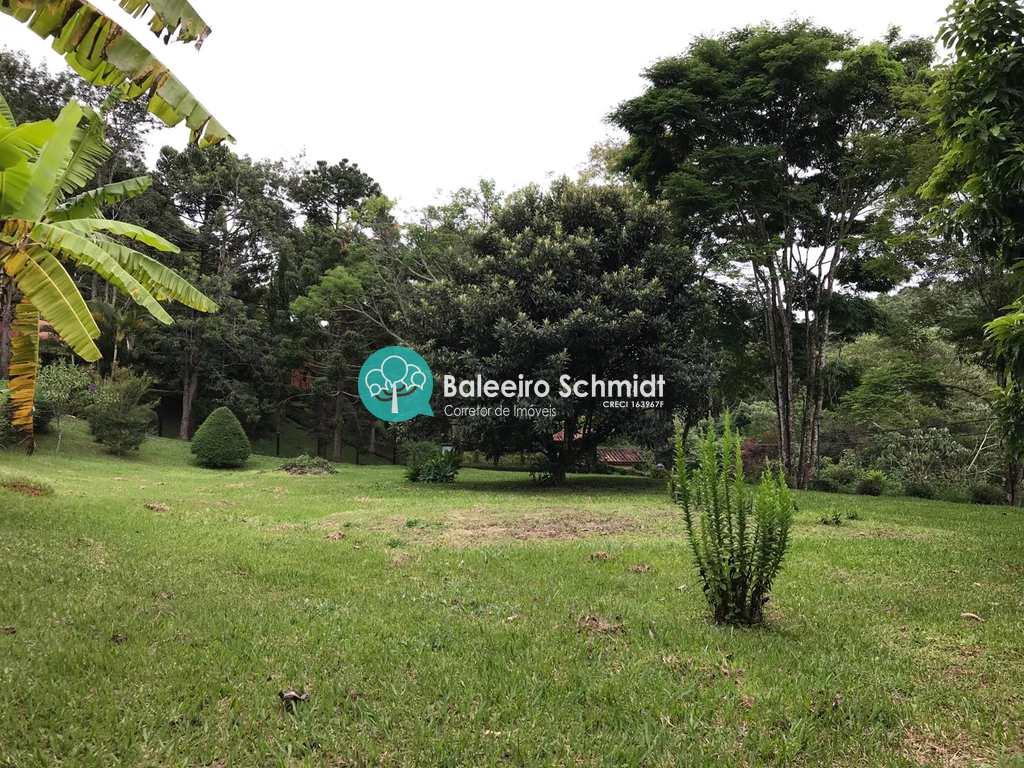 Chácara em Santo Antônio do Pinhal, no bairro Aproxi 3 Km do Centro