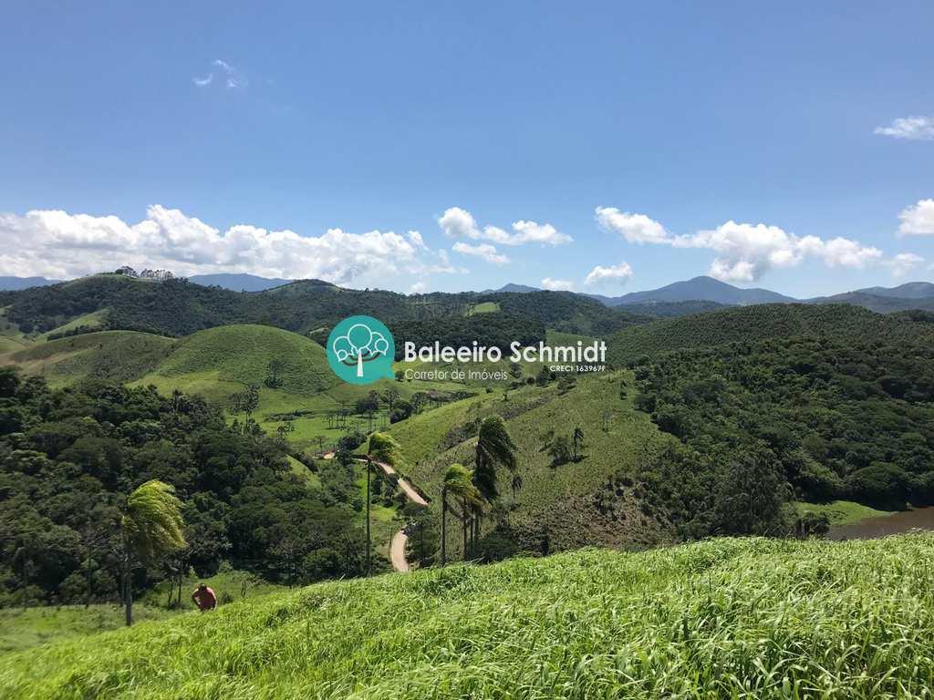 Terreno Rural em Santo Antônio do Pinhal, no bairro Aproxi 10 Km do Centro