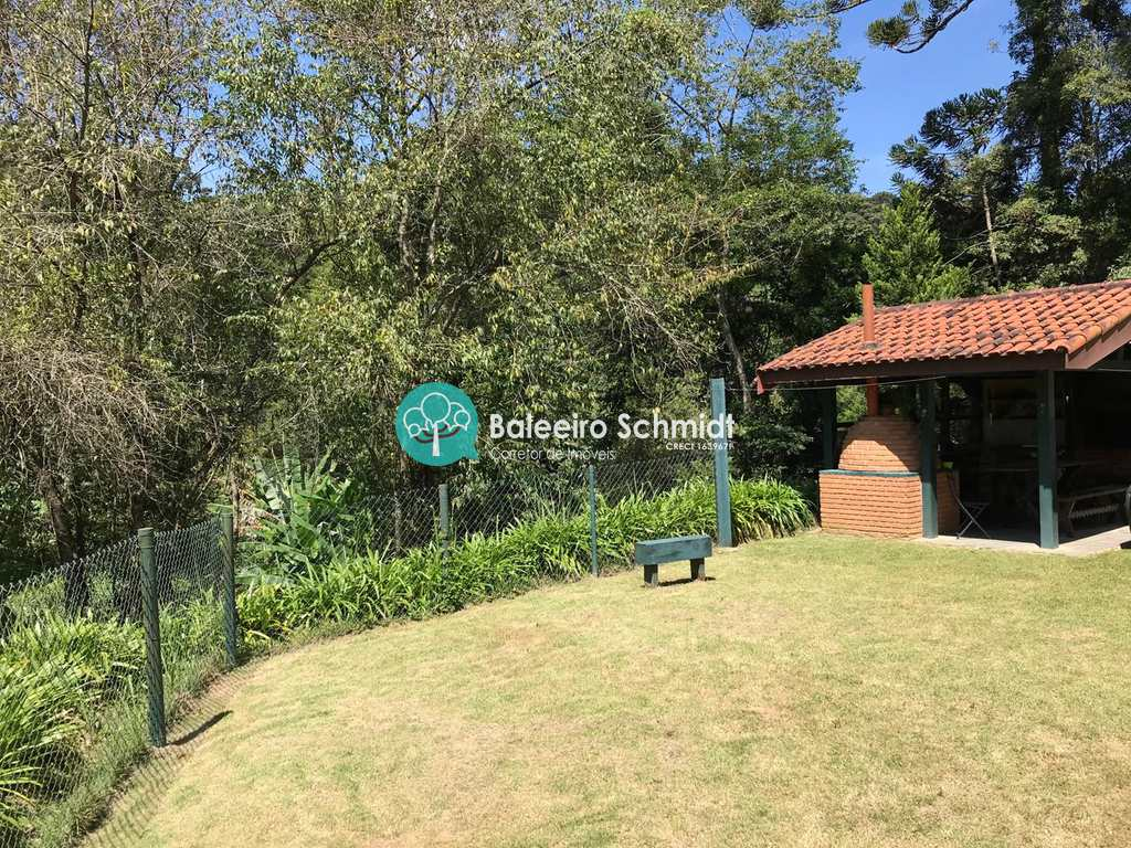 Casa em Santo Antônio do Pinhal, no bairro Aprox 2 Km do Centro