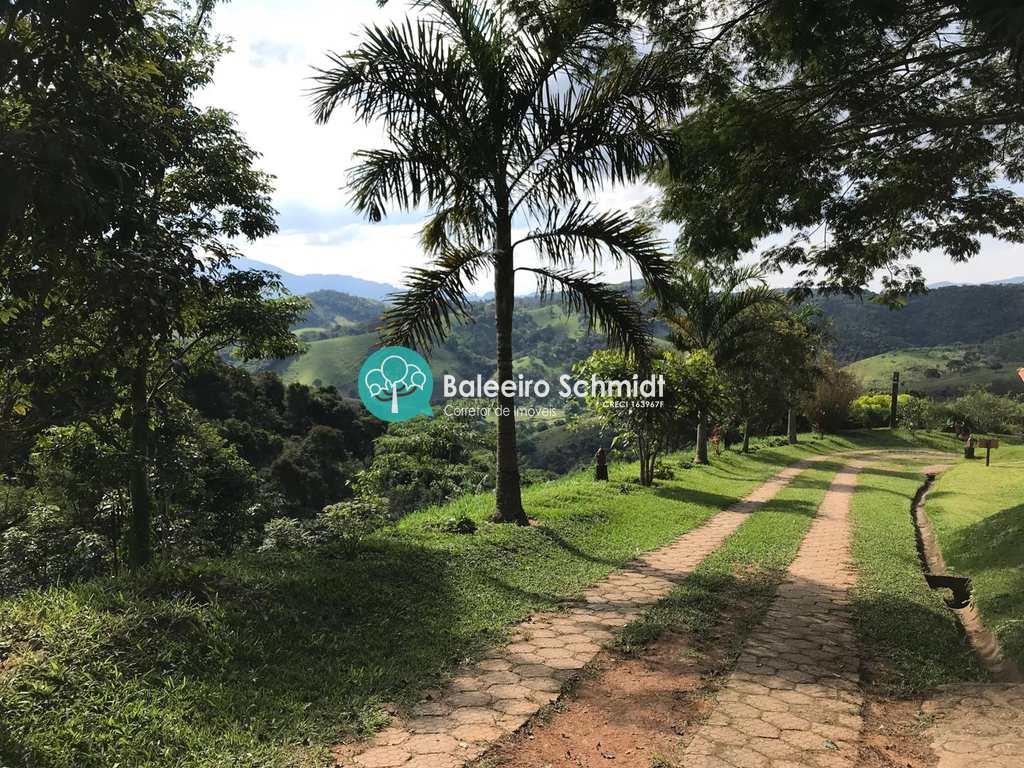Área Comercial em Santo Antônio do Pinhal, no bairro 7 Km do Centro