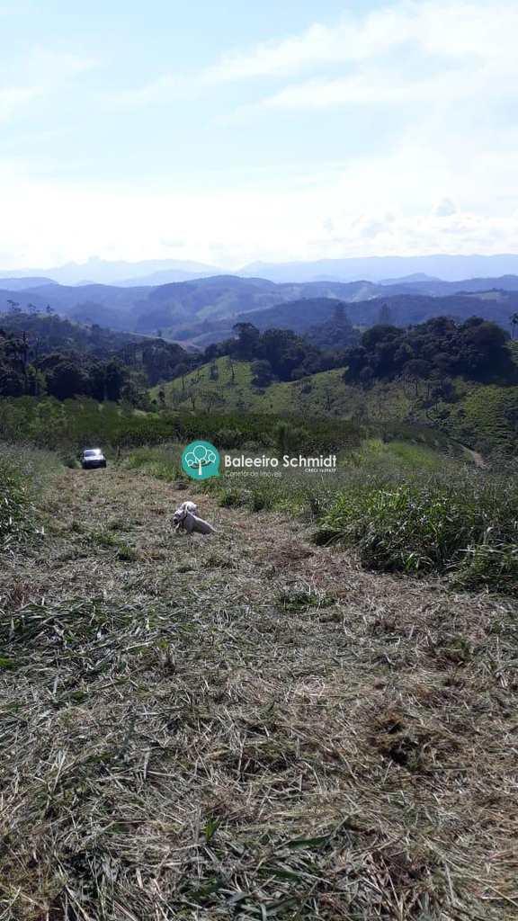 Terreno em Santo Antônio do Pinhal, no bairro Aproxi 10 Km do Centro