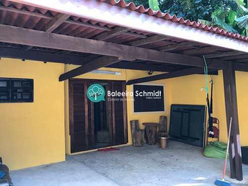 Casa, código 334 em Santo Antônio do Pinhal, bairro Centro